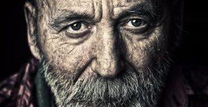 Ρακένδυτος αποκαλύφθηκε ότι ήταν εκατομμυριούχος μετά θάνατον — ΣΚΑΪ (www.skai.gr)